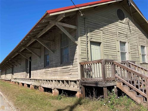 Photo of 112 W Railroad St, Elberton, GA 30635 (MLS # 8930145)