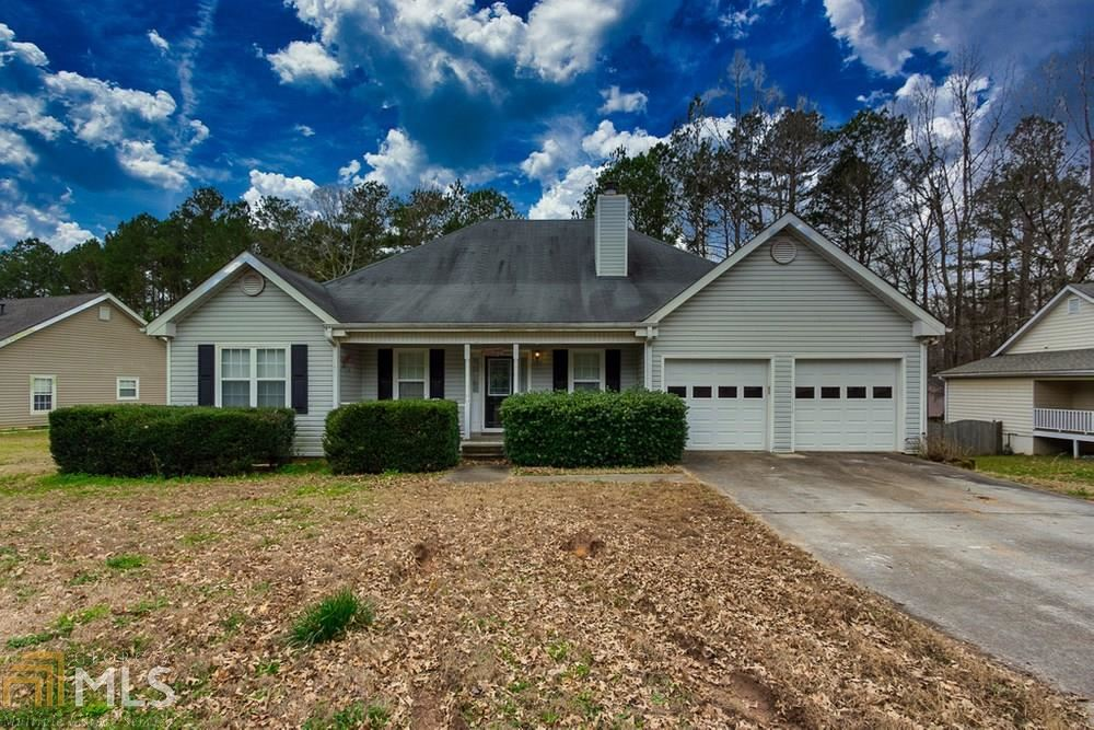 Photo of 2365 Huntington Drive, Loganville, GA 30052 (MLS # 8936153)