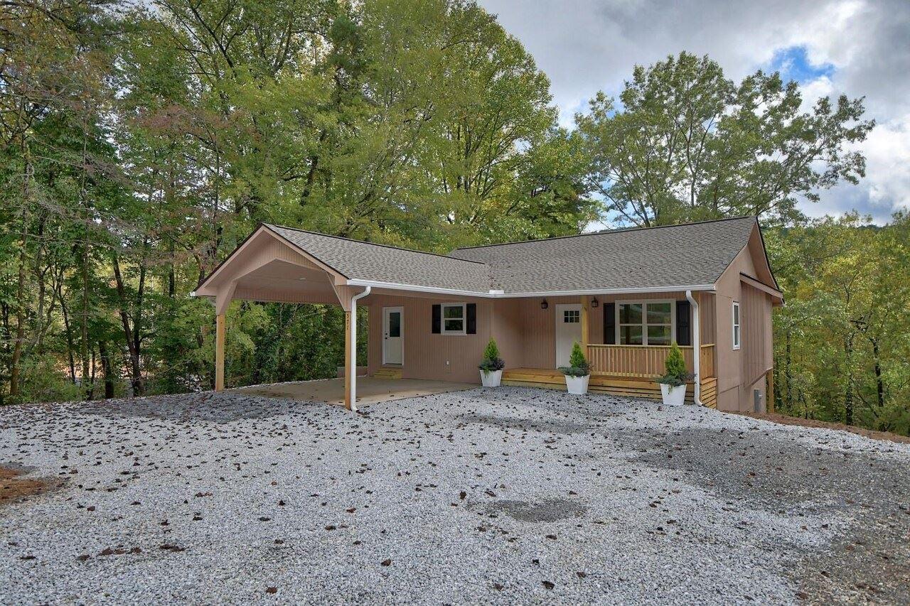 571 Polly Gap Road, Clayton, GA 30525 - #: 9047205
