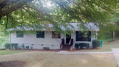 Photo of 2807 Old Field Road, Ellenwood, GA 30294 (MLS # 9052234)