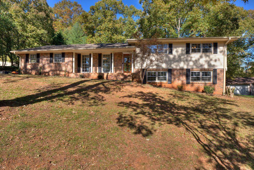 18 Ridgewood Dr, Cartersville, GA 30120 - #: 8887258