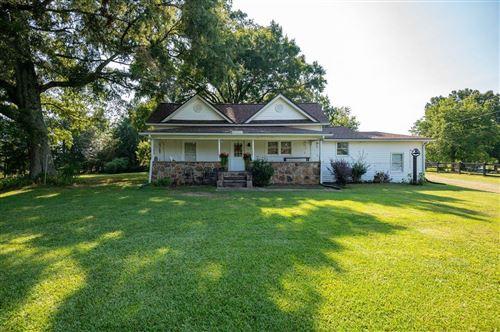 Photo of 807 Floyd Springs Road NE, Armuchee, GA 30105 (MLS # 9025262)