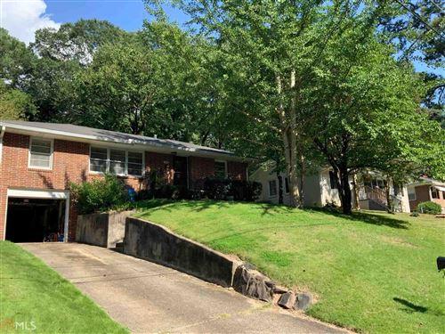 Photo of 2810 Cloverhurst Dr, East Point, GA 30344 (MLS # 8838314)