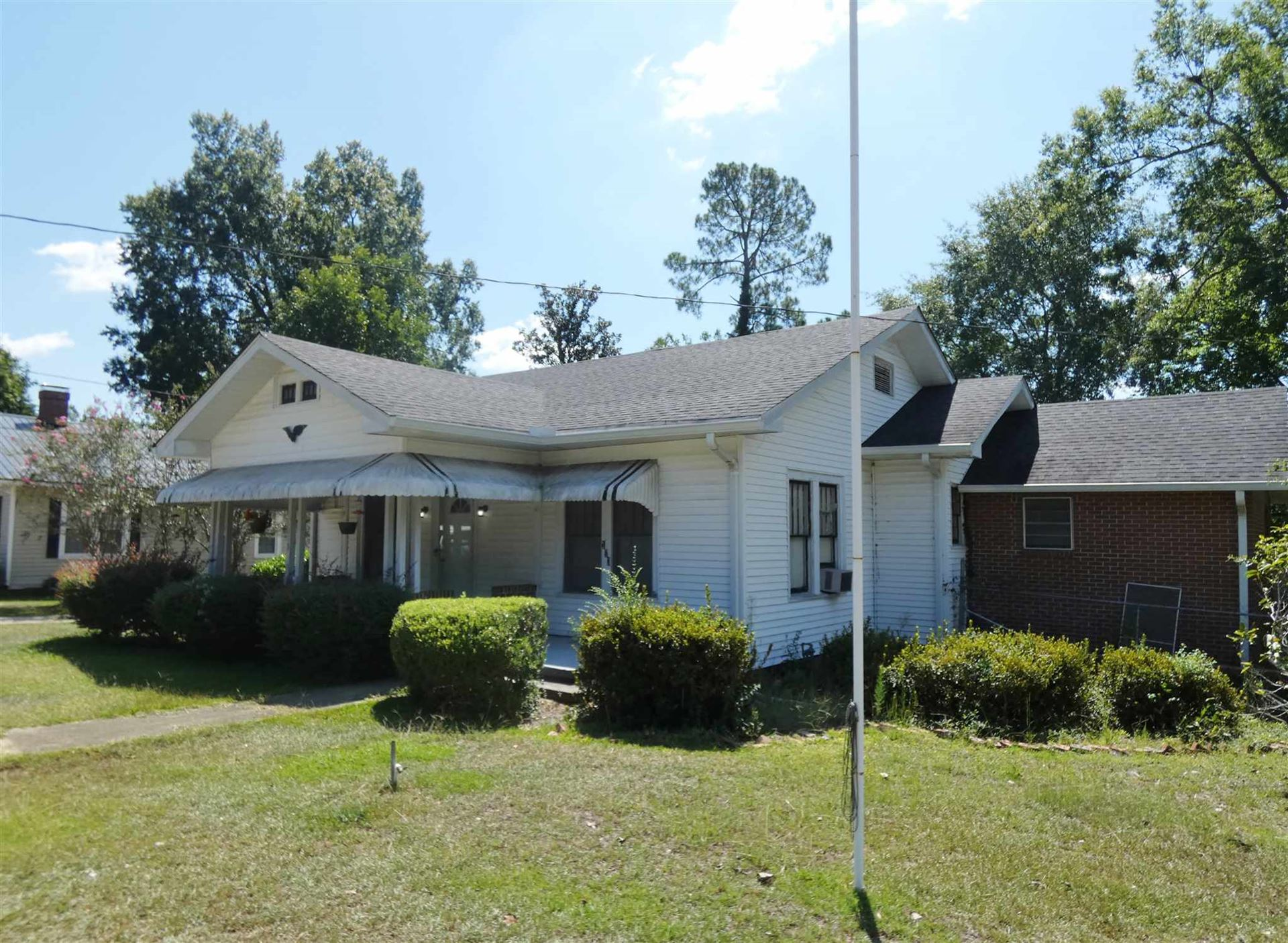 Photo of 113 W McCarty St, Sandersville, GA 31082 (MLS # 8653338)
