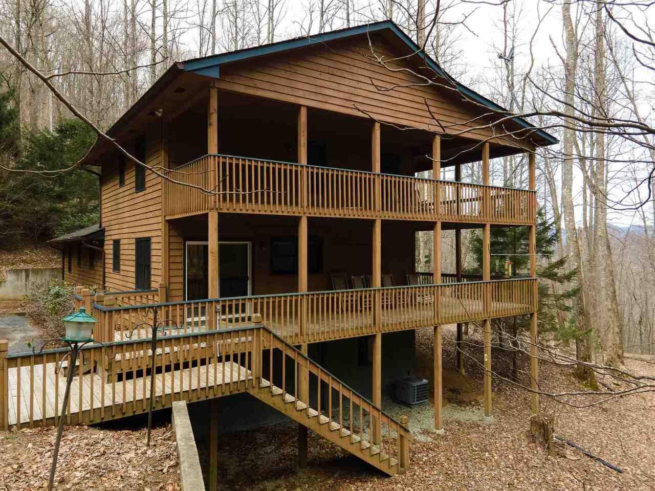 641 Walnut Mountain, Rabun Gap, GA 30568 - MLS#: 8862339