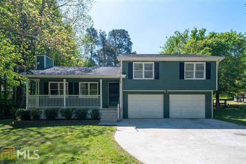 Photo of 229 Amanda Ct, Auburn, GA 30011 (MLS # 8951350)