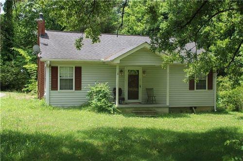 Photo of 629 Peters Street, Calhoun, GA 30701 (MLS # 8990353)