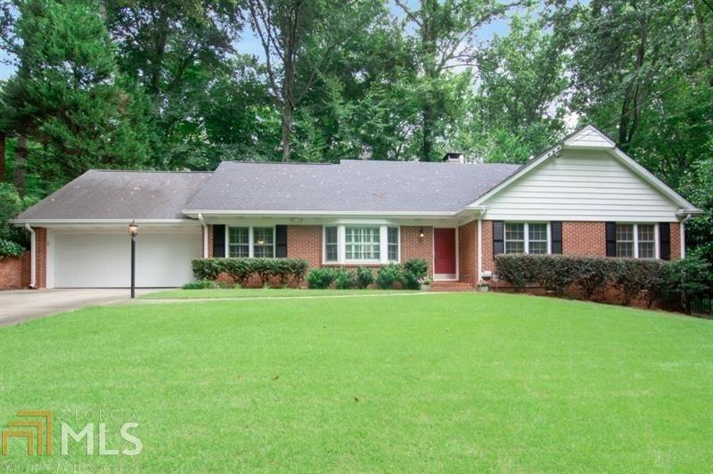 380 Forest Hills Dr, Atlanta, GA 30342 - MLS#: 8878360