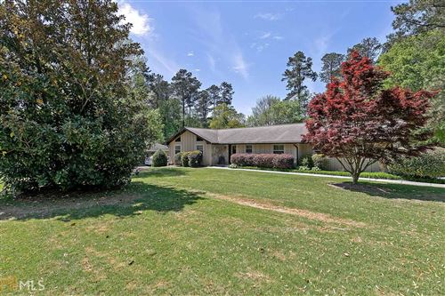 Photo of 2347 Amber Woods Dr, Snellville, GA 30078 (MLS # 8959369)