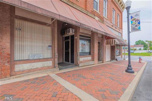 Photo of 17 N Oliver St, Elberton, GA 30635 (MLS # 8861372)