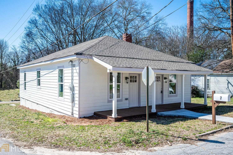 Photo of 7 Walnut St, Porterdale, GA 30014 (MLS # 8931401)