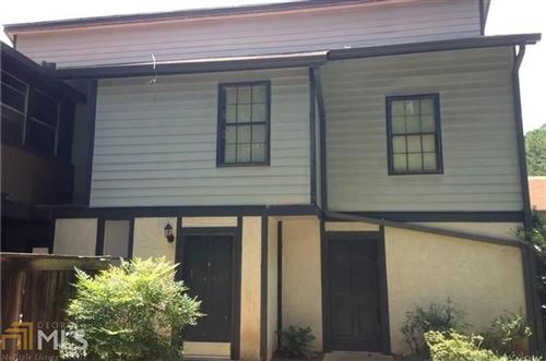Photo of 1415 Stone Mill Trace, Stone Mountain, GA 30083 (MLS # 8498411)