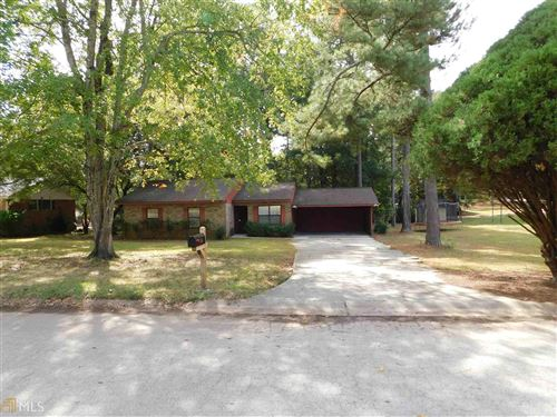 Photo of 110 Creekmoor, Stockbridge, GA 30281 (MLS # 8680421)