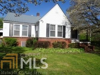 Photo of 231 First St, McCaysville, GA 30555 (MLS # 8959467)