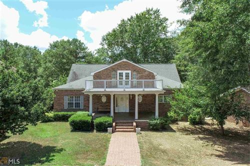 Photo of 50 Currahee Pl, Toccoa, GA 30577 (MLS # 8832489)