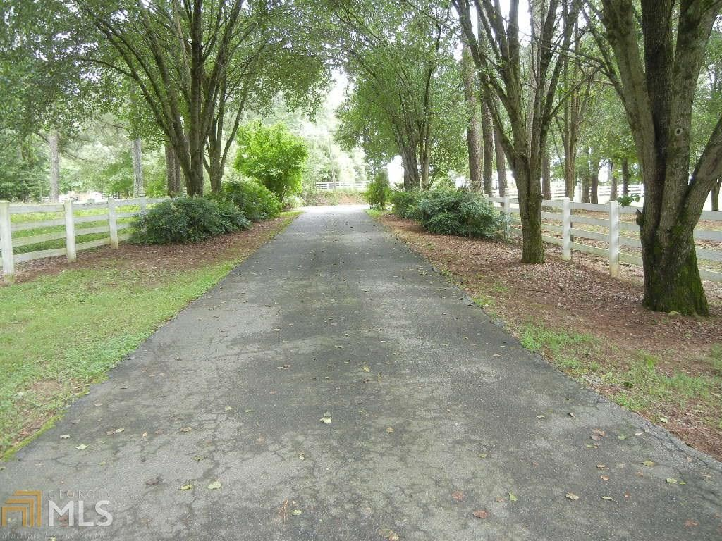 Photo for 225 Lem Edwards Rd, Winterville, GA 30683 (MLS # 8524495)