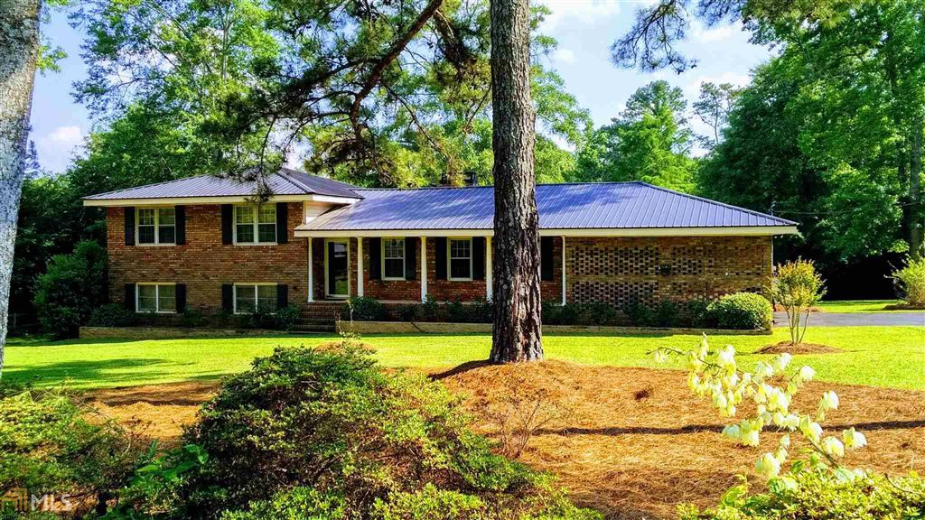 Photo for 218 Lakeview Dr, Crawford, GA 30630 (MLS # 8587510)