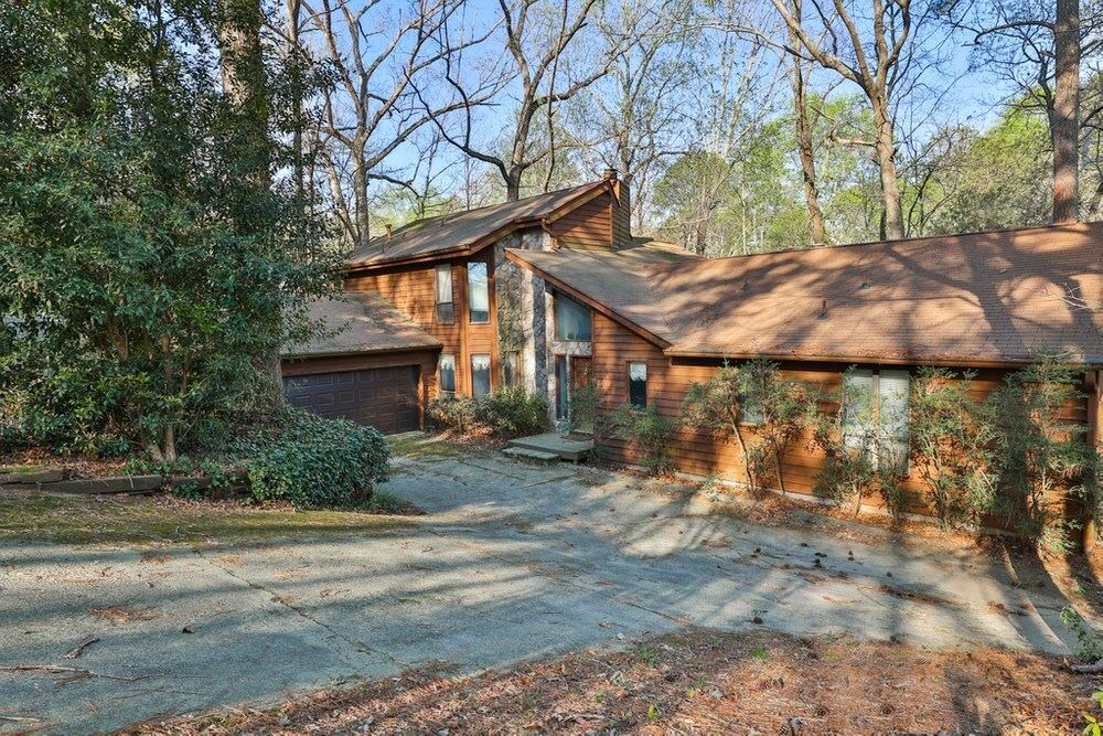 3889 Dundee Dr, Roswell, GA 30075 - #: 8953515