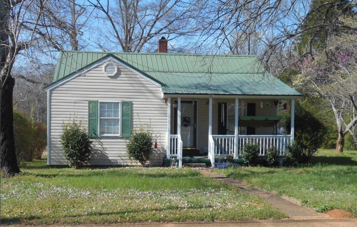 200 White St., Hogansville, GA 30230 - #: 8999527