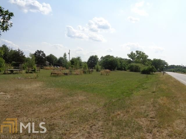 Photo for 492 Ila Rd, Commerce, GA 30529 (MLS # 8615535)
