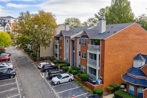 Photo of 1018 Chastain Park Ct, Atlanta, GA 30342 (MLS # 8877539)