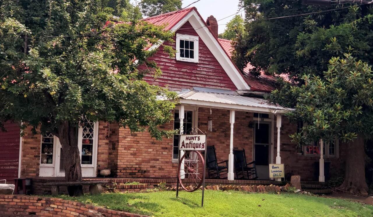 Elberton, GA 30635