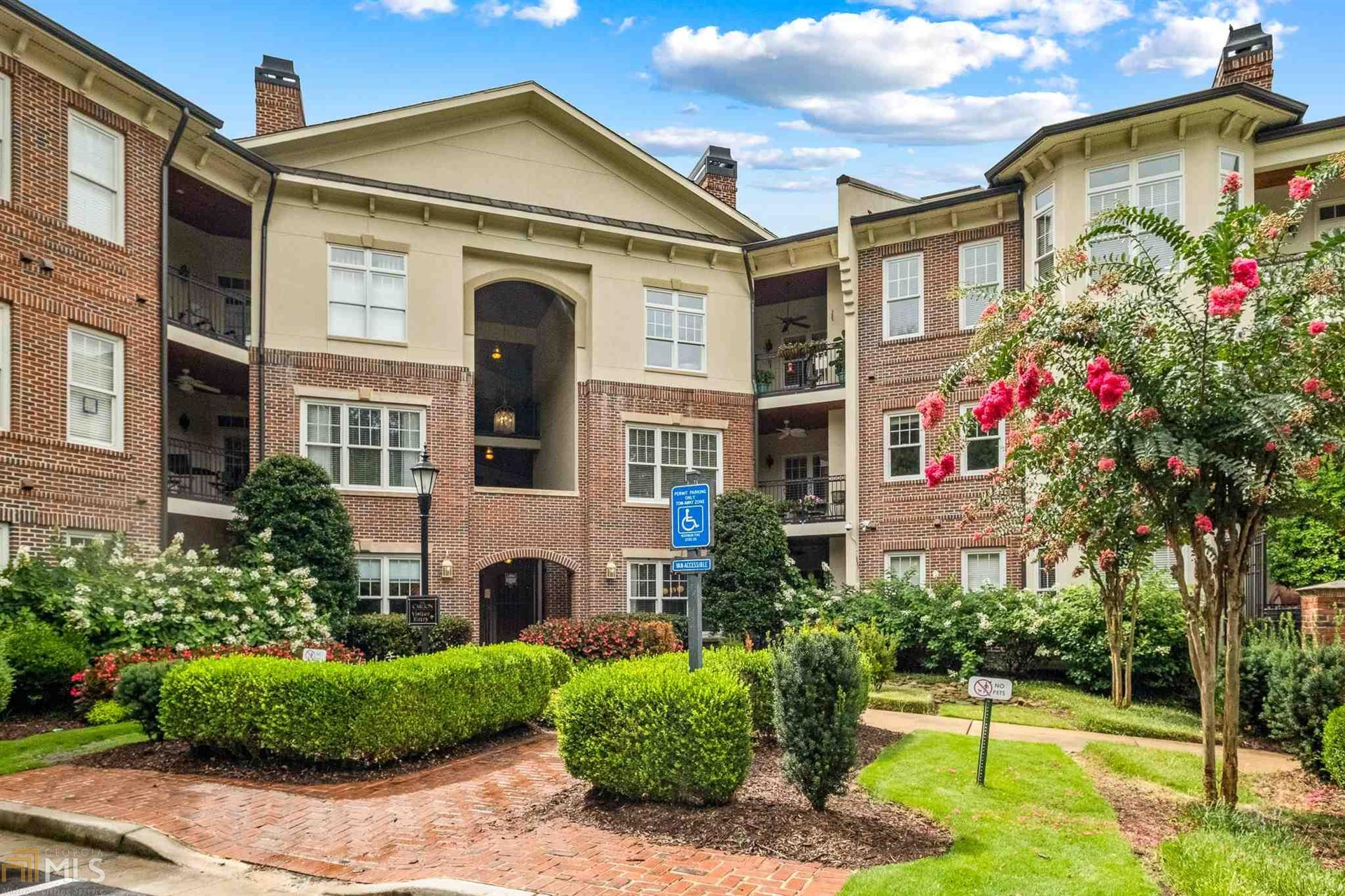 825 Highland Ln, Atlanta, GA 30306 - MLS#: 8830547
