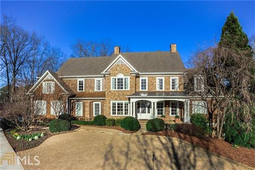 Photo of 10 Highland Valley Ct, Sandy Springs, GA 30327 (MLS # 8958558)