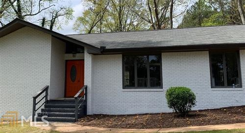 Photo of 2782 Lakeview Ct, Buford, GA 30519 (MLS # 8958559)