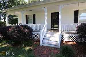 Photo of 394 Lakeview Dr, Commerce, GA 30529 (MLS # 8608578)