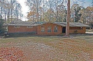Photo of 305 Pinemount Dr, Peachtree City, GA 30269 (MLS # 8587586)