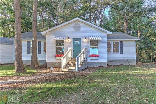 Photo of 1222 Grove Level Rd, Maysville, GA 30558 (MLS # 8854620)