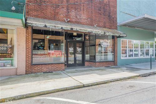 Photo of 811 Grogan St, Lavonia, GA 30553 (MLS # 8773630)