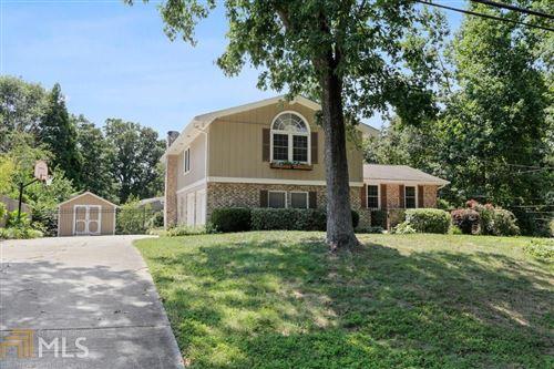 Photo of 2539 Fontainebleau Dr, Atlanta, GA 30360 (MLS # 8838637)