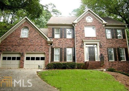Photo of 165 River Landing Dr, Roswell, GA 30075 (MLS # 8663656)