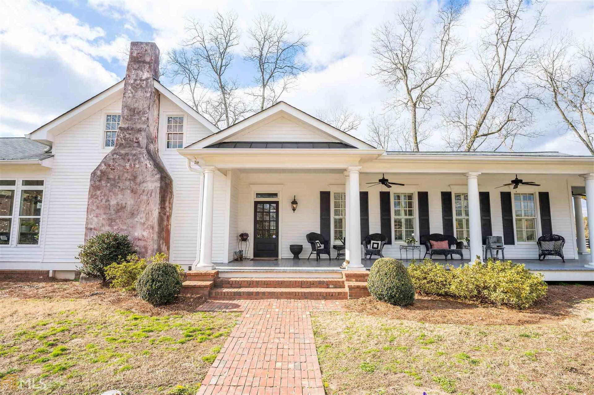 Photo of 1220 Mchenry Xing, Madison, GA 30650 (MLS # 8914684)
