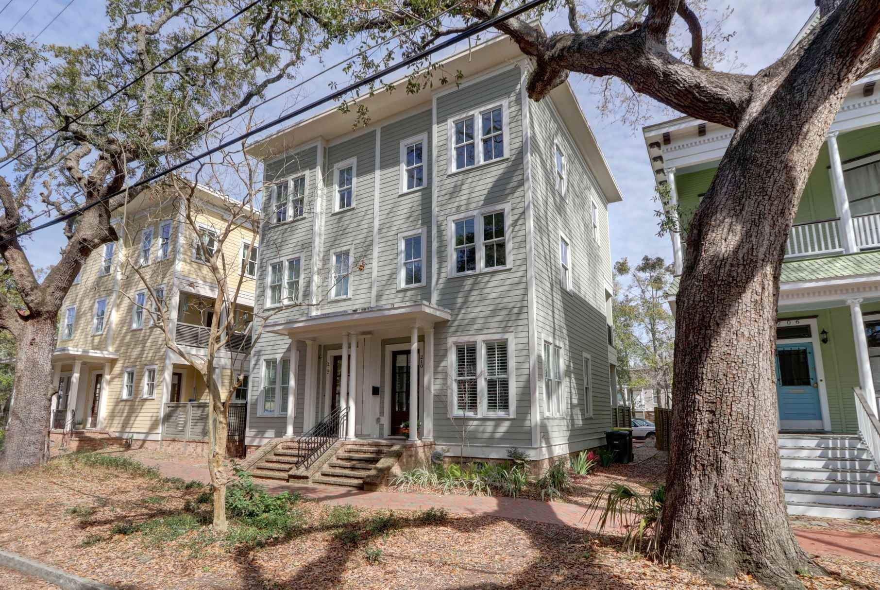 210 W Gwinnett, Savannah, GA 31401 - #: 8756698