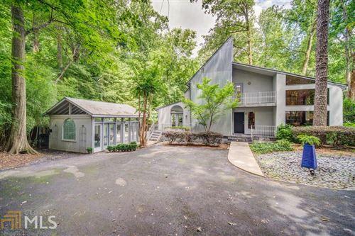 Photo of 1525 Moores Mill Road NW, Atlanta, GA 30327 (MLS # 8819724)