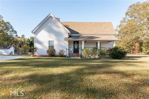 Photo of 511 Old Loganville Rd, Loganville, GA 30052 (MLS # 8892725)