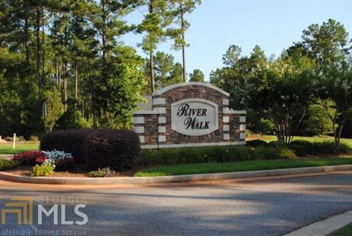 Photo of 127 Rivers Edge Dr, Forsyth, GA 31029 (MLS # 8912741)