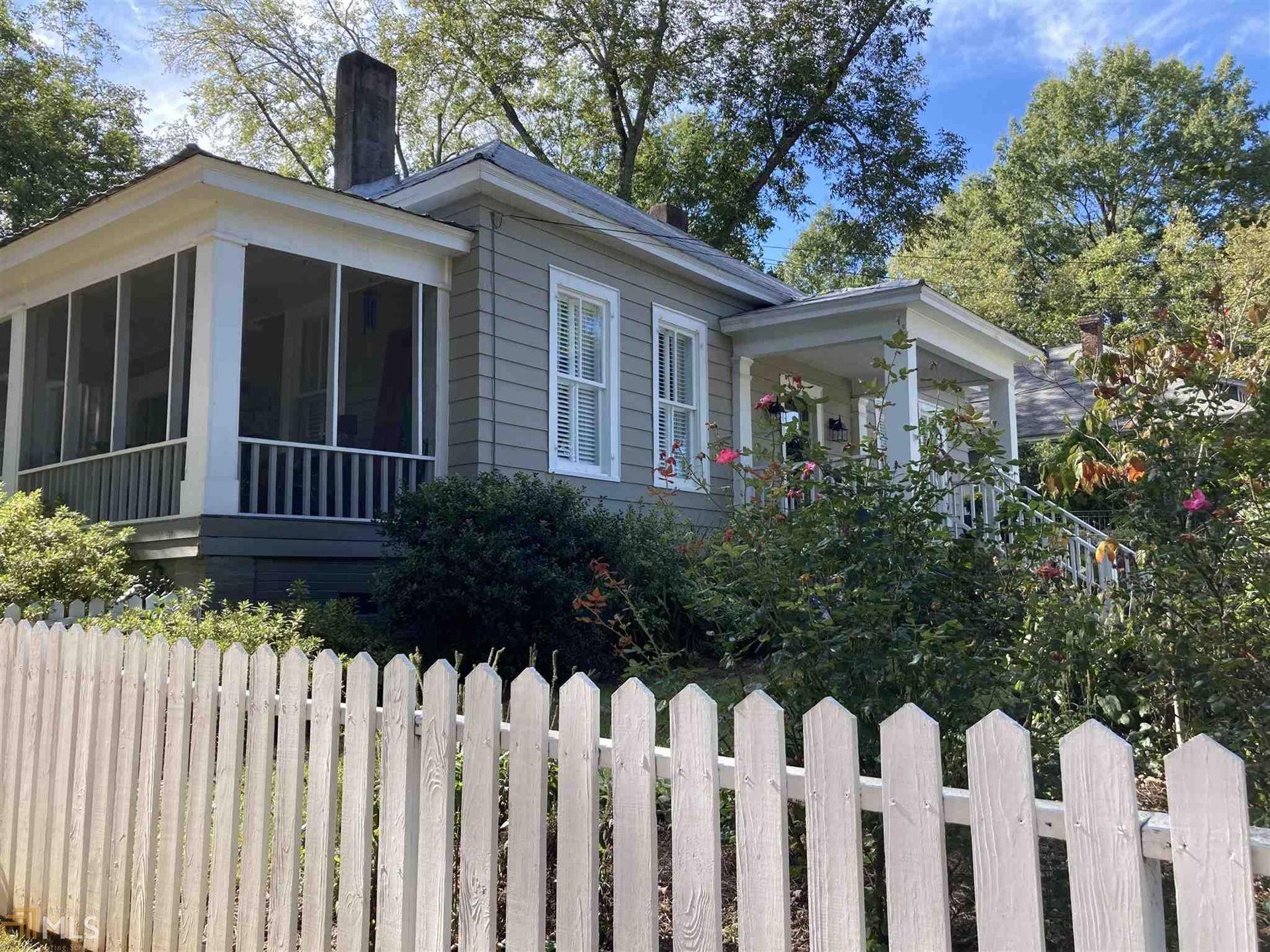 Photo of 372 Johnson St, Madison, GA 30650 (MLS # 8932744)