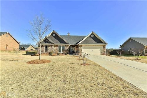 Photo of 452 Lake Vista Dr, Jefferson, GA 30549 (MLS # 8721756)