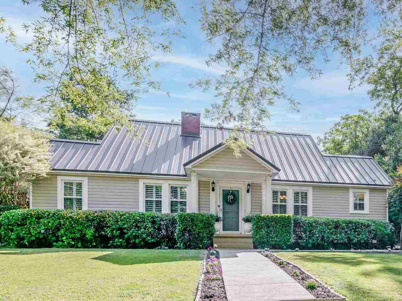 203 S Madison, Eatonton, GA 31024 - MLS#: 8973759