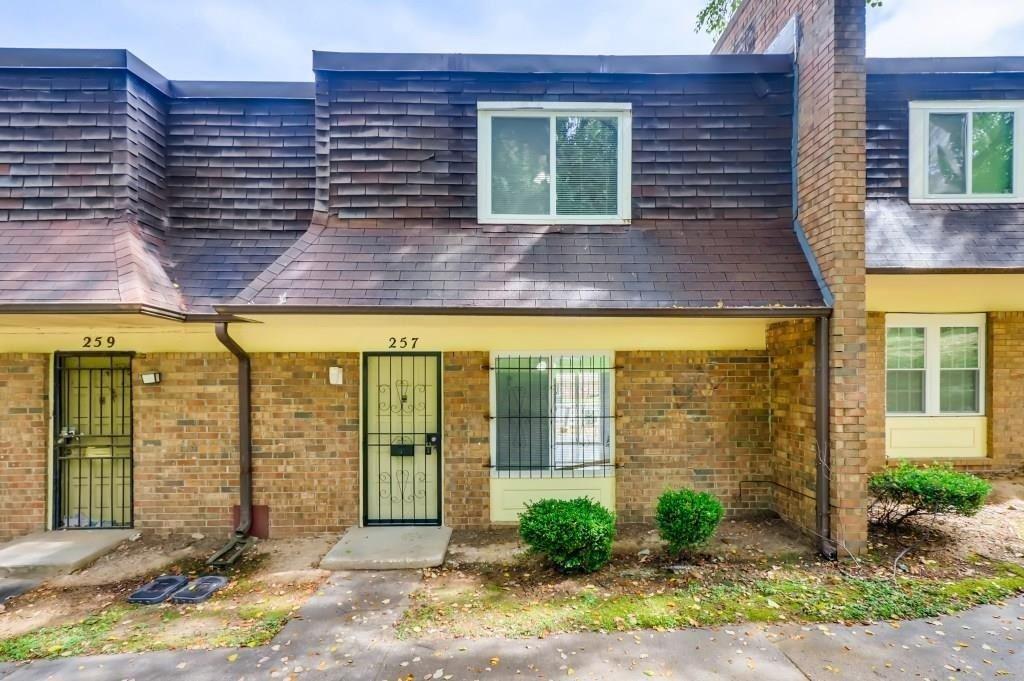 257 Peyton Pl S Sw Peyton Place SW, Atlanta, GA 30311 - #: 8992770