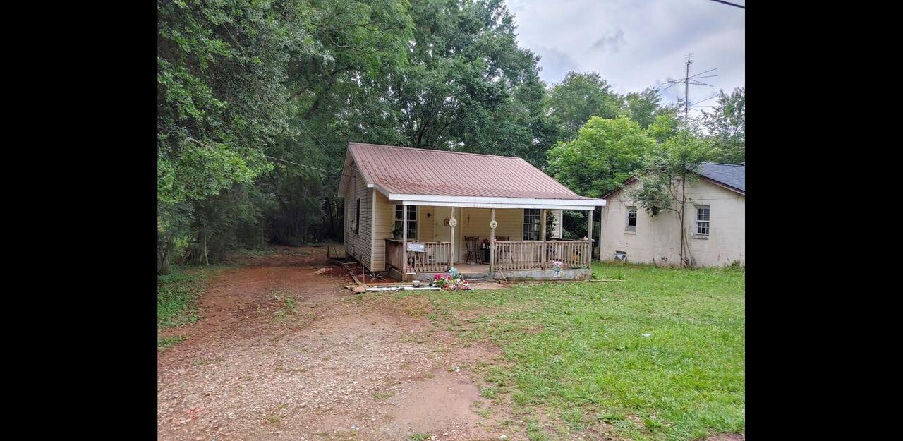 Barnesville, GA 30204