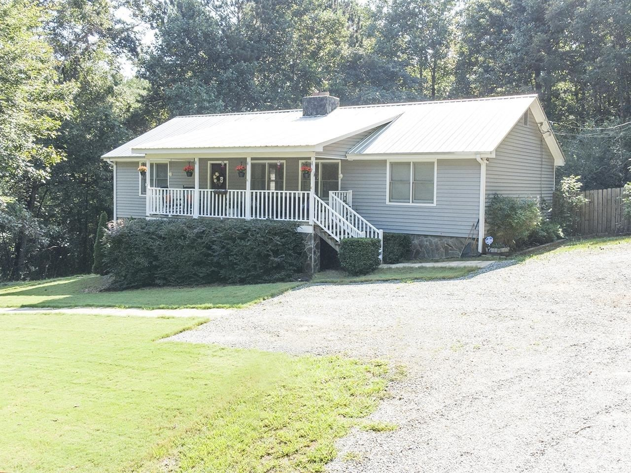 129 Orchard Drive, Griffin, GA 30223 - #: 9050828