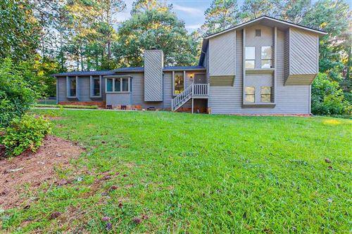 Photo of 435 Ridgemont, Lawrenceville, GA 30046 (MLS # 8998858)