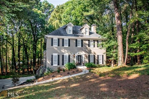 Photo of 9305 Bluejack Ln, Roswell, GA 30076 (MLS # 8663860)
