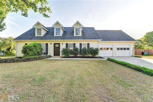 Photo of 3411 CROSSGATE COURT, LOGANVILLE, GA 30052 (MLS # 8973887)
