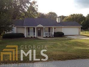 Photo of 481 Glen Terrace Rd, Auburn, GA 30011 (MLS # 8415891)